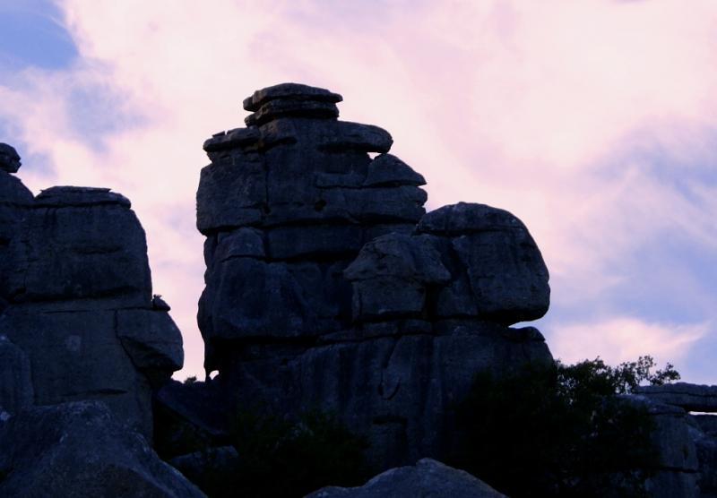 This summer discover 'El Torcal de Antequera' through the <strong>Ammonites Route at sunset</strong>.Impressive panoramic viewsof the four cardin